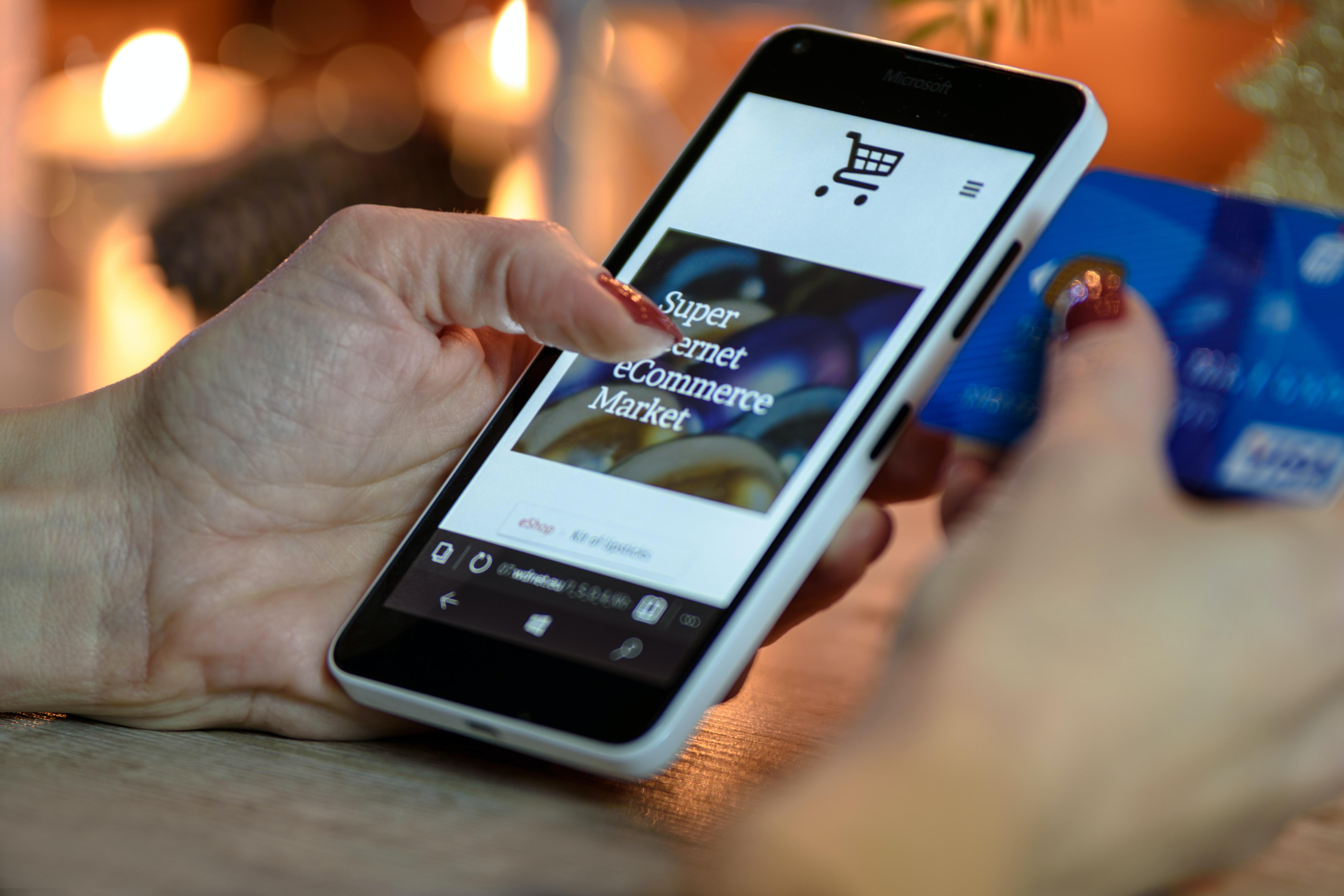 Vairāk e-komercijas = vairāk informācijas par produktiem